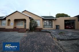 Gumtree 3 Bedroom House For Rent 3 Bedroom House To Rent In Suideroord Johannesburg South