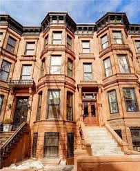 more and more brownstone owners are turning their homes into
