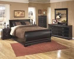 Home Dressers Design Group Huey Vineyard 7 Pc Bedroom 3 Pc Queen Sleigh Bed Dresser