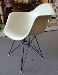 1950s eames for herman miller fiberglass shell chair with eiffel