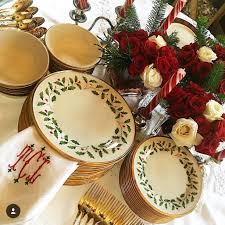 totally tikaa put together the perfect christmas table using lenox