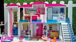 Vintage Barbie Dream House Youtube by Cue The Doll Dance Party Hello Barbie U0027s Dream House Is Smart And