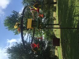 diy humming bird feeder from an old wagon wheel wagon wheel can