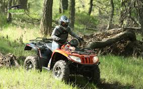 2013 arctic cat 700 xt a great all rounder autoevolution