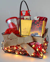 Christmas Basket Top Christmas Hamper Ideas Christmas Celebrations
