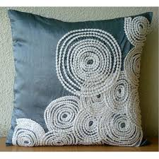 Decorative Pillows For Sofa by Best 25 Throw Pillows Couch Ideas On Pinterest Couch Pillows
