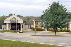 in suites days inn suites richfield oh booking