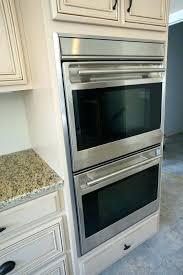 repeindre cuisine chene cuisine en chene repeinte trendy peinture meuble cuisine chene