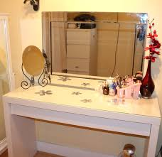 Small Modern Bedroom Vanity Bedroom Small Mirrored Makeup Vanity With Drawers And Tufted