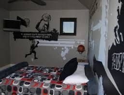 Girls Graffiti Bedroom Using Graffiti Murals To Decorate The Walls Of Your Home
