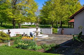 Art In The Garden - garden art ma1986 ma2019 me1347 nh0409 vt0688 vt0740 vt0791