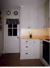 cabinets for the kitchen cherry stained oak cabinets cherry stain