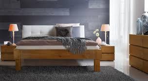 Schlafzimmer Anna Eiche Massivholzbett Aus Eiche Mit Weißem Kopfteil Faro Betten De