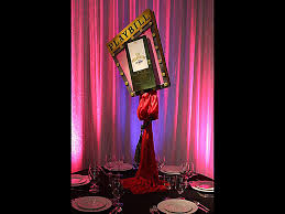 New York Themed Centerpieces by Theme Centerpieces Tall Dramatic Colorful Dimensional Theme