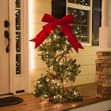 Lighted Christmas Decorations by Christmas Porch Decorations