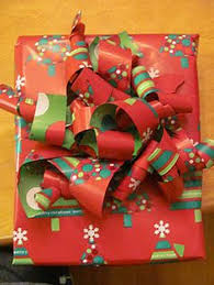 bow wrapping paper curly wrapping paper bow how to diy tutorial a great way to use