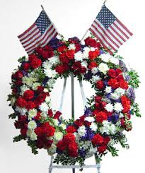 patriotic wreath avante gardens by everyday flowers
