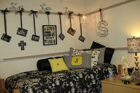 ideas for dorm room walls u2014 decor trends diy dorm wall