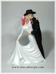 custom wedding cake toppers personalized customized brides and grooms weddings cake toppers by