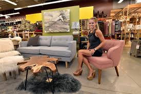 Alison Victoria Kitchen Crashers by Nicole Curtis Talks Season 8 Of U0027rehab Addict U0027 Her Two Favorite