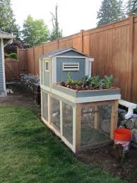 Easy Backyard Chicken Coop Plans by Easy Backyard Chicken Coop Plans Coops And Spaces