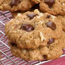 oatmeal chocolate chip cookies recipe eatingwell