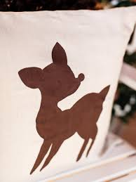 how to make a reindeer pillow for the holidays hgtv