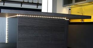 bande led cuisine bande led cuisine eclairage en cuisine avec des bandes led ruban led