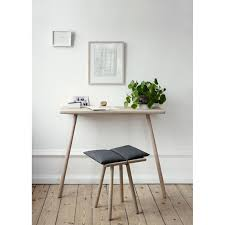 Small Desks Best Small Desks For Your Small Space Freshome