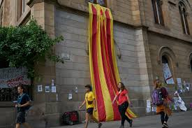 Texas Under Spain Flag Catalan Officials Are Squeezed As Madrid Tries To Stop