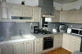repeindre sa cuisine en blanc comment moderniser une cuisine en chene cuisine en chene repeinte