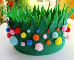 Homemade Easter Decorations Uk by Diy Cupcake Holders Easter Pom Poms And Crown
