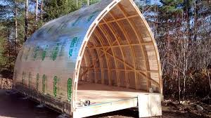 hoop quonset hut type building for temporary living structure