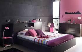 chambre gris et violet chambre adulte et gris