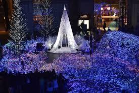Christmas Tree Made Of Christmas Lights - giant christmas lights whether hosting a holiday party tacky