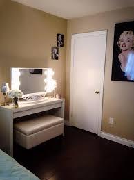 Marilyn Monroe Themed Bedroom by Vanity Hollywood Another Marilyn Monroe Inspired Makeup Room