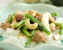 cuisine au wok facile recette wok de poulet aux noix de cajou et haricots verts