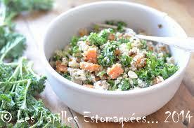 comment cuisiner le chou kale salade de kale patate douce rôtie et quinoa les papilles