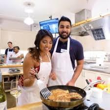 Sur La Table Cooking Classes Reviews Sur La Table 24 Photos U0026 42 Reviews Kitchen U0026 Bath 1996 W