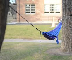 how to properly and safely set up a hammock 7 steps with pictures