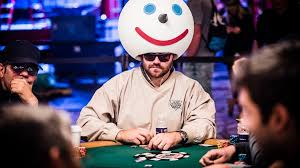 how to dress for success in poker