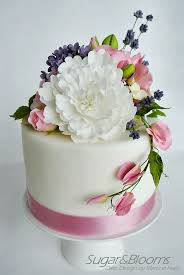 best 25 sugar paste flowers ideas on pinterest fondant flowers