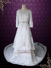 modest wedding dress with long sleeves vintage lace wedding dress