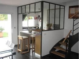 petites cuisines ouvertes cuisine contemporaine ouverte par la structure vitrée industrielle