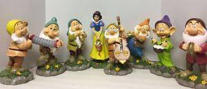 disney snow white the seven dwarfs garden statue lawn ornaments