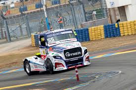 free racing trucks pictures from european truck racing