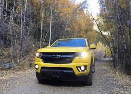 chevy jeep 2016 chevy colorado z71 trail boss tackles colorado rockies as jeep