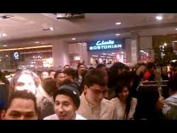 black friday madness at great mall h m store