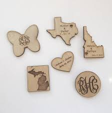 wooden party favors personalized wood magnets weddings party favors save the dates