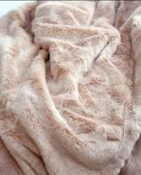 Faux Fur Blanket Queen Pin By Linda Boutelle Wright On Cuddly Throws Pinterest